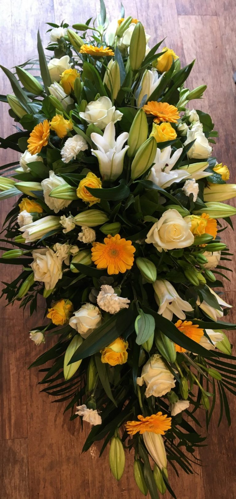 Double Ended Spray-yellow and whiteDouble Ended Spray- yellow & white - All About Flowers Online Ordering